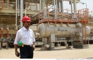 iran neft Иран хочет увеличить стратегический запас нефти.